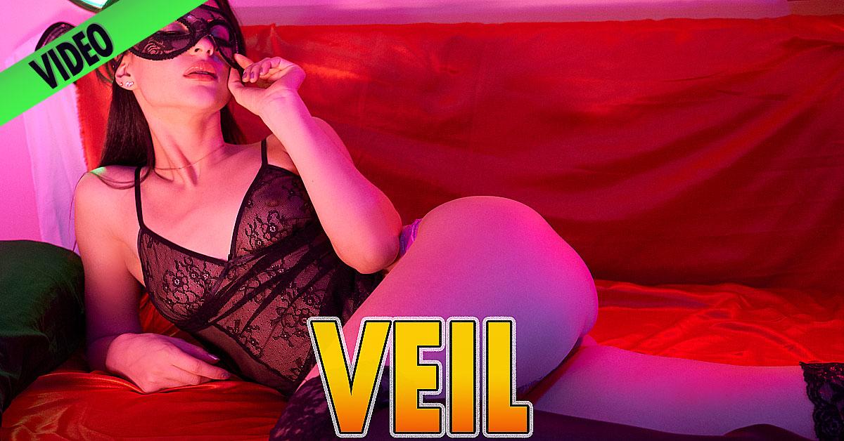 Anya Fox – Veil