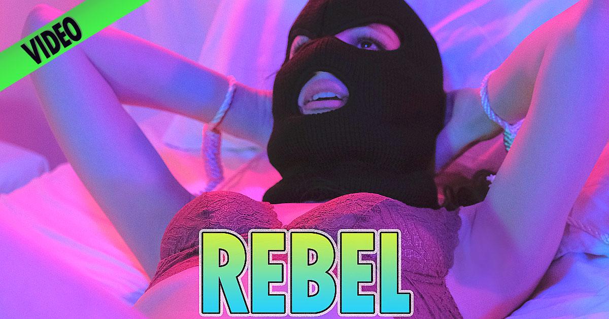 Anya Fox – Rebel